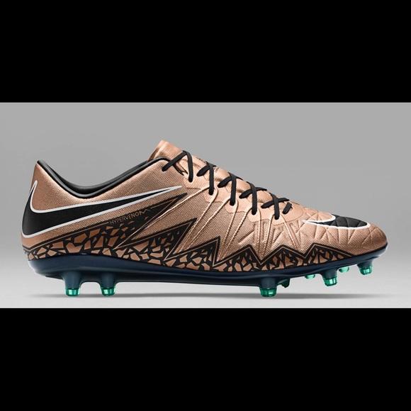 ce05b86f6bd NIKE Hypervenom Phelon II FG Soccer CLEATS -Bronze.  M 5b9435e9e944bab32df25668